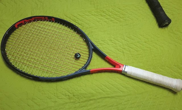 HEAD Radical S tennis racket - product tour