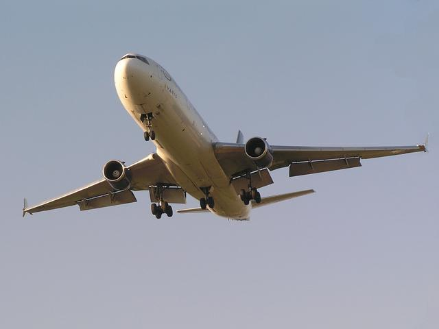 tips to reduce airfare cost