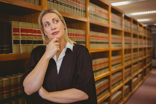 علاقة الشريعة بالقانون
