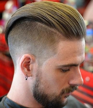 gaya rambut slicked back tampak belakang