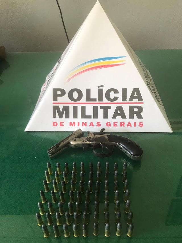 Polícia Militar de Divino apreende mais uma arma de fogo após denúncia