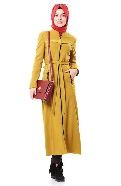 mohajaba-portant-un-hijab-turque-de-nihan-style-2018