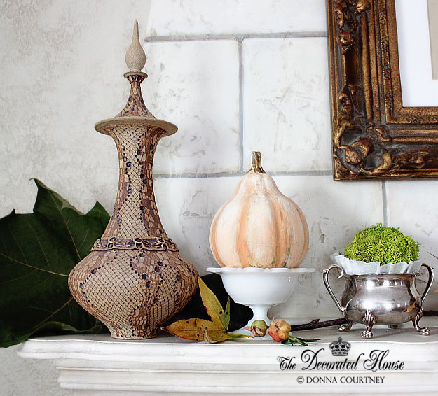 The Decorated House . Fall Mantel. Donna Courtney