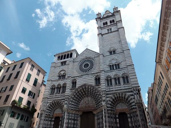 gênes genova dôme cathédrale san lorenzo vieille ville