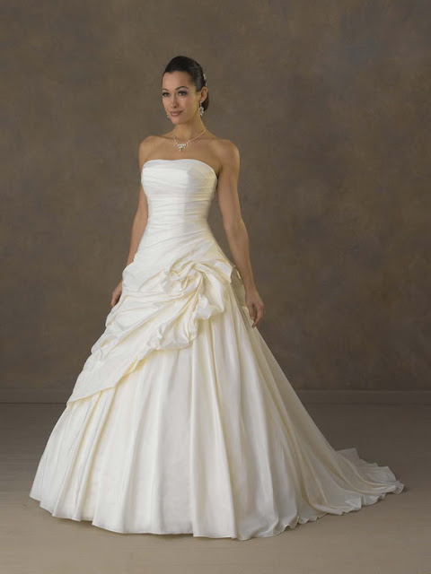 Elegant strapless wedding dresses