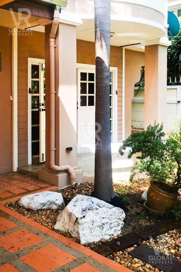 ขายบ้านเดี่ยว หมู่บ้านมณีรินทร์ เลค แอนด์ ลากูน รังสิต-ปทุมธานี ตำบลบางคูวัด อำเภอเมืองปทุมธานี จังหวัดปทุมธานี 12000