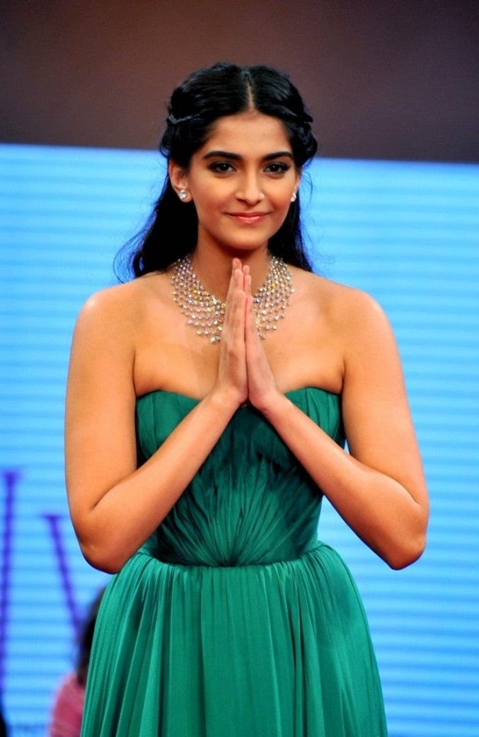 Sonam Kapoor's Hot images