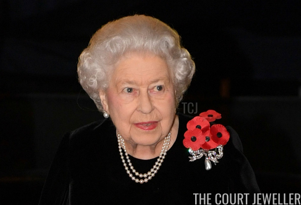 The Queen wears the Kensington Bow Brooch