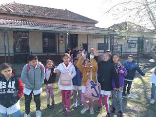 Estudiantes de la Primaria 52 visitaron La Biblioteca y el Museo Histórico de Monte Chingolo