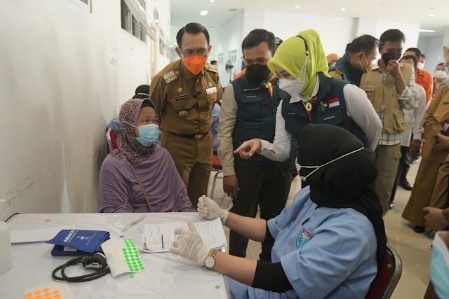 Atalia Apresiasi Capaian Sentra Vaksinasi BPBD Jabar di Kabupaten Bekasi Lampaui Target