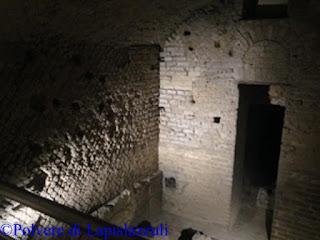 Una delle botteghe scavate e riportate alla luce nel Rione Terra a pozzuoli