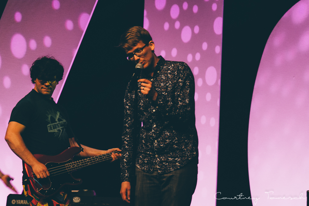 Courtney Tomesch Vidcon 2016 Hank Green and the Perfect Strangers