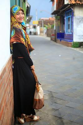 4 hijab Cewek IGO Efrida Yantier cantik 4 hijab Cewek IGO Efrida Yantier cantik dan modis yang
