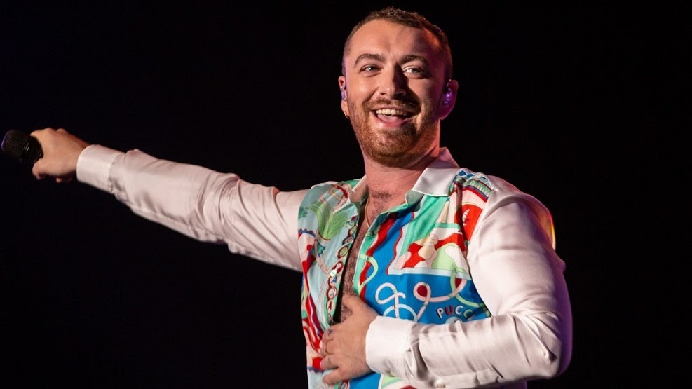 O cantor trouxe uma energia incrível para a sua apresentação, com direito a figurino de paetê e muitas lágrimas da plateia.