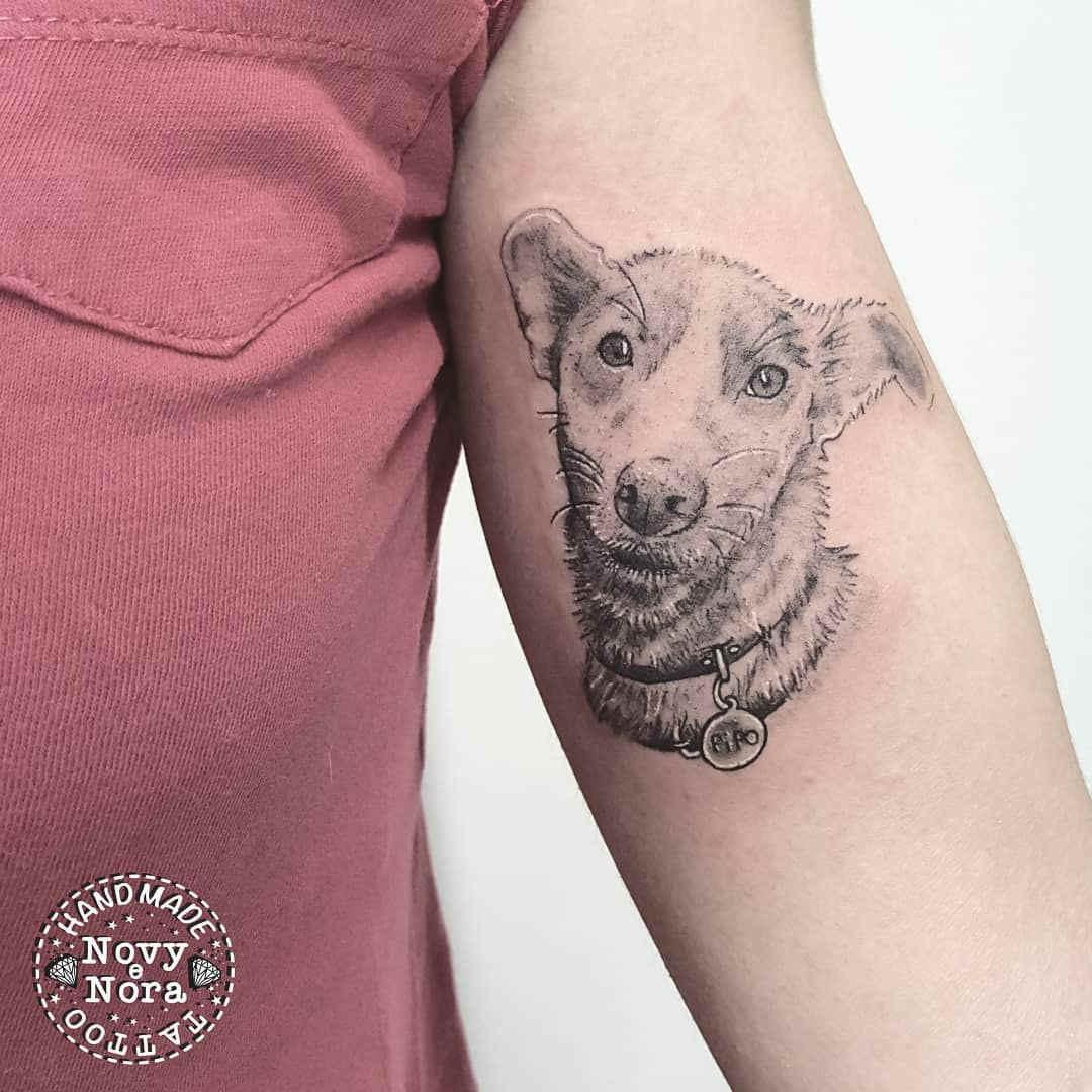 Foto de un tatuaje de perro llamado pipo
