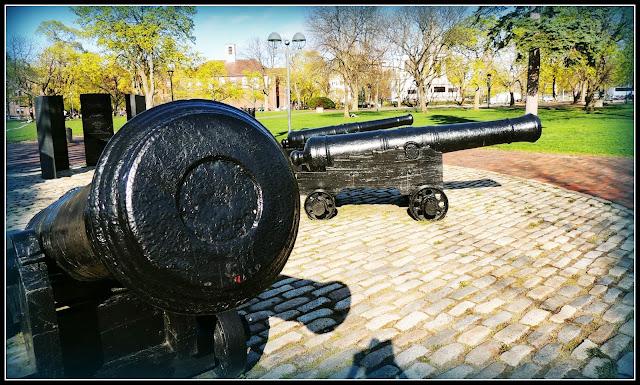 Cañones Británicos en el Cambridge Common