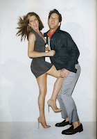 Jennifer Aniston kneeing Paul Rudd in the nuts