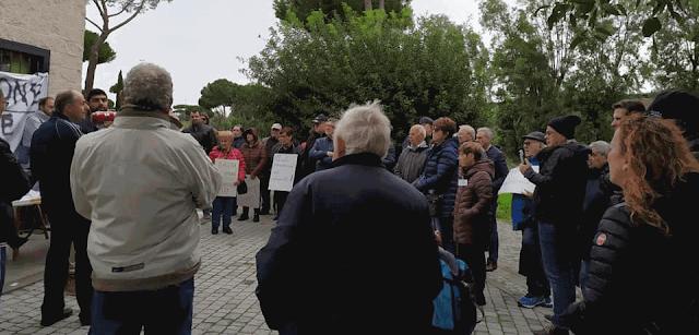 Roma-Lido: tante associazioni di pendolari criticano la gestione di questa tratta ferroviaria
