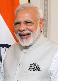 Short biography of Narendra Modi in english