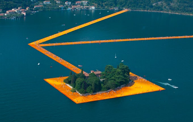 What are Floating Piers?