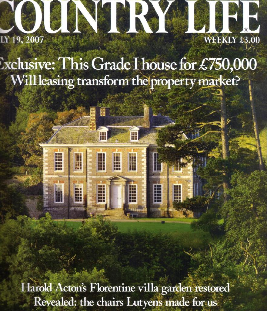 An English Country House Giveaway!