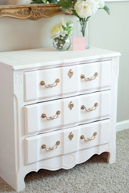 white nightstand, white end table, gold hardware, how to paint furniture, how to paint nightstands