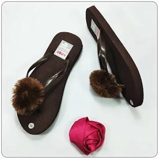 Sandal AB Polos Pompom DWS