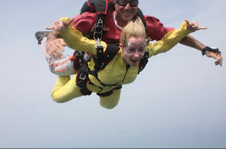 Skydiving, living, beautiful life