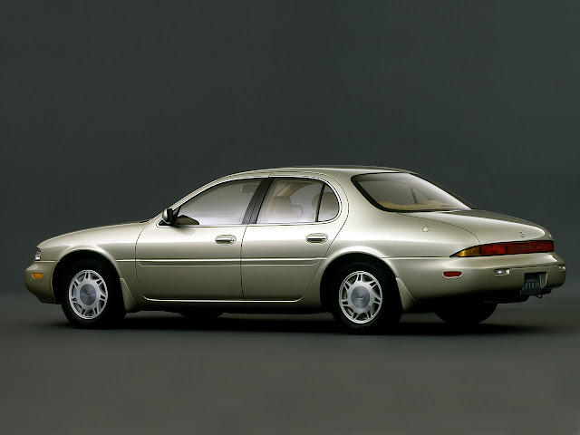 Nissan Leopard Y32 V8 japońska limuzyna sedan klasa premium luksusowy komfortowy samochód