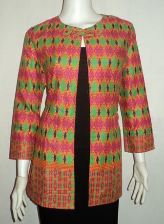 Referensi Model Bolero Batik Yang Banyak Dicari