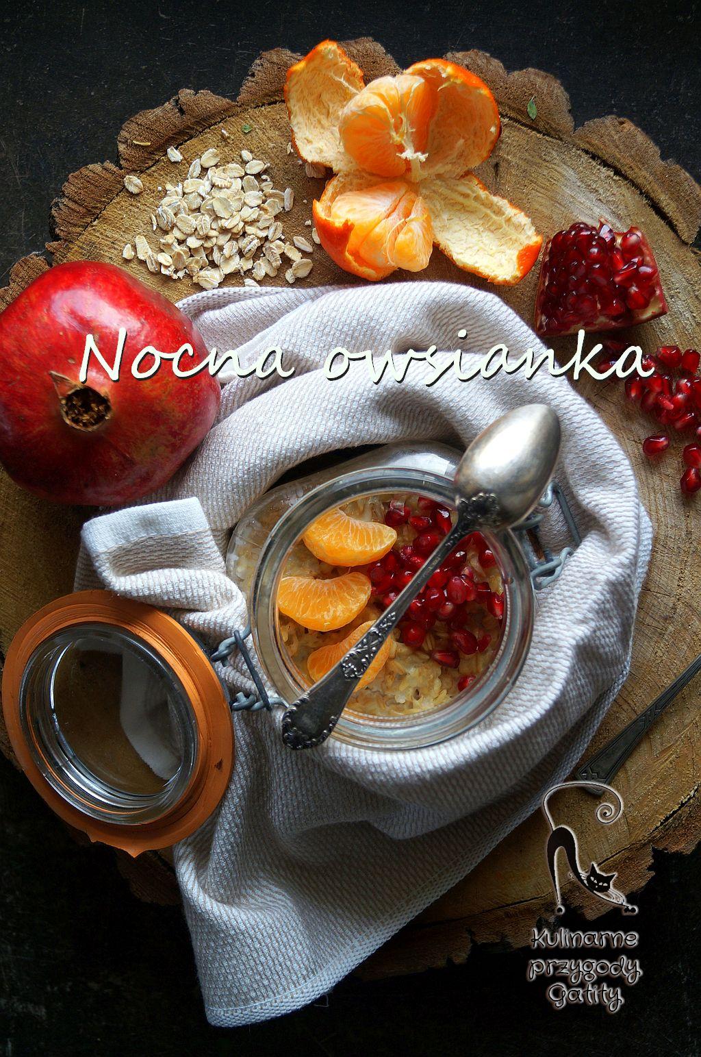 owsianka-z-owocami-w-sloiku