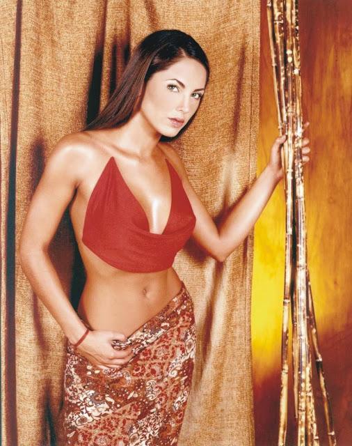 Barbara Mori Revista H Octubre 2001-13