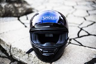 tips menjaga kebersihan helm