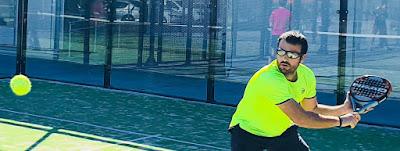 El pádel así como el tenis son deportes de adversario de regulación externa en los que el jugador debe ajustar sus movimientos en función de la situación