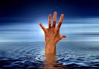 सपने में पानी में डूबना, sapne me pani me dubna
