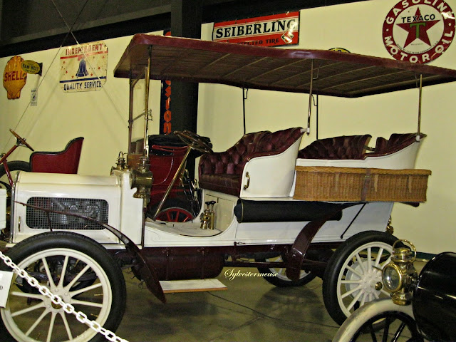 1904 Model D - Tupelo Automobile Museum - Photo by Cynthia Sylvestermouse