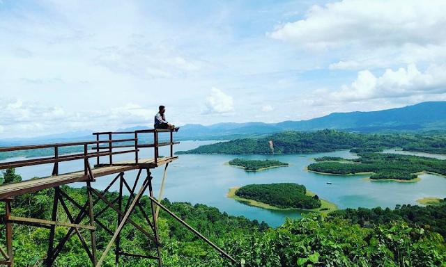 Pesona Waduk Riam Kanan Banjar Kalimantan Selatan