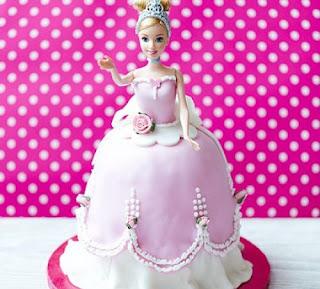 Kue Ultah Bentuk Putri Cantik Untuk Anak Perempuan