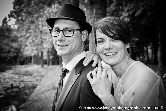 portrait des mariés en noir et blanc, domaine de la bretonnière 85 boufféré