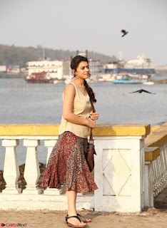 Hansika Motwani Looks super cute in movie Mande Suryudu 017.jpg