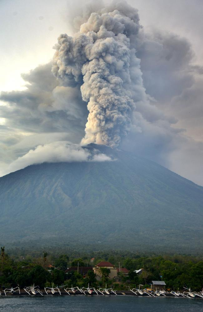 A general view shows Mount Agung erupting seen from Kubu sub-district in Karangasem Regency on Indonesia's resort island of Bali.