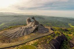 تعرف على اكبر تمثال طائر في العالم  jatayu earth