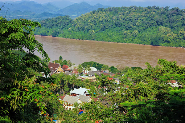 Mekong river seen from the Phou Si Hill