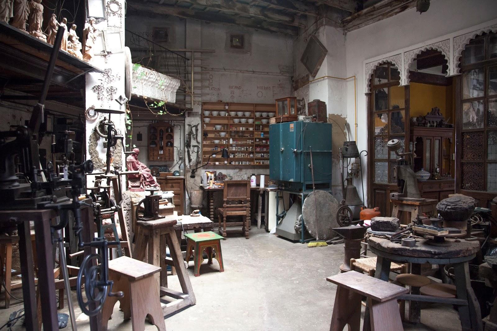 El taller de la muralla del carmen casa taller march - Artesanos valencia ...