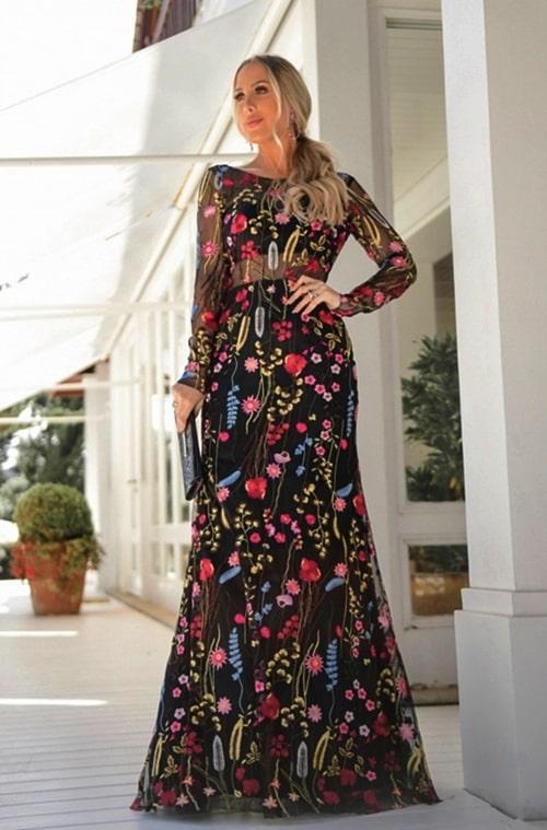 vestido de festa manga longa preto com tule bordado floral