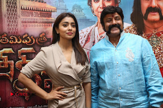 Shriya Saran Nandamuri Balakrishna at Gautamiputra Satakarni Team Press Meet Stills  0200.JPG