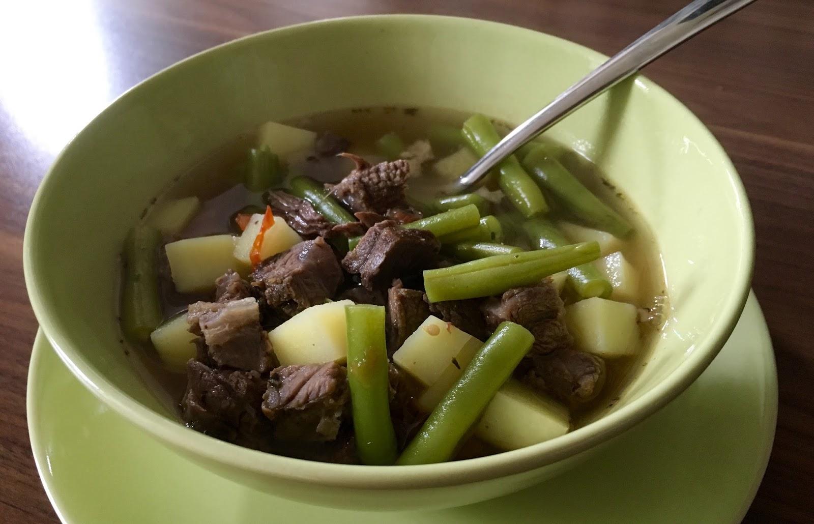 lust auf lecker gr ne bohnen suppe mit rindfleisch. Black Bedroom Furniture Sets. Home Design Ideas