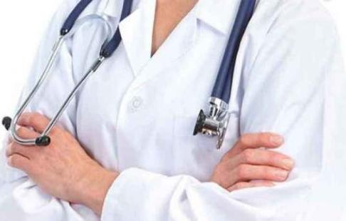 Pilihan Dokter Spesialis Penyakit Dalam di Jakarta Barat untuk Konsultasi dengan Komunikasi yang Nyaman