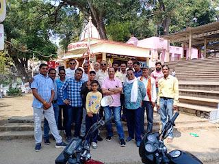 शिव के सेवक भंडारा समिति ने किया महादेव की और कुछ