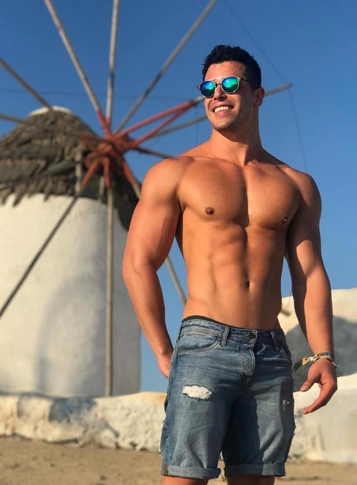 fit-dude-shirtless-muscular-body-smiling